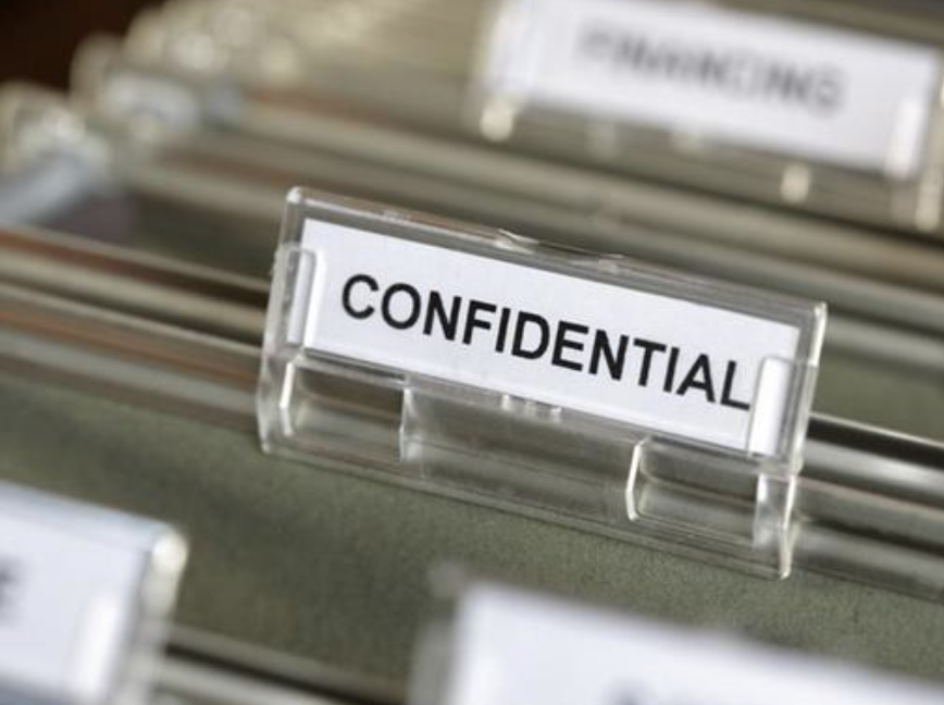 The Right to Counsel and the Protection of Attorney-Client Privilege in Criminal Proceedings — A Comparative View